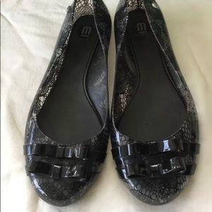 Melissa rubber lace pattern shoes